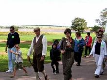 Follow the Fiddler